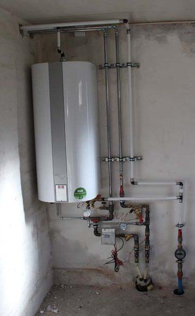 Ny fjernvarme- og vandinstallation